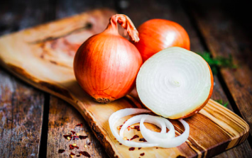 Toddler eats onion whole to prove a point to his mum and it's too much