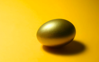 Galaxy has launched a giant golden eggs Easter egg and we need it