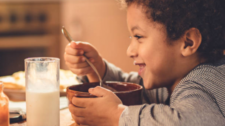 3 extremely smart rules French mums teach their children about food