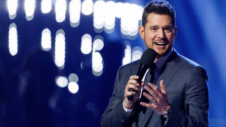 Michael Bublé helped a couple get engaged on the Late Late Show last night and it was too cute