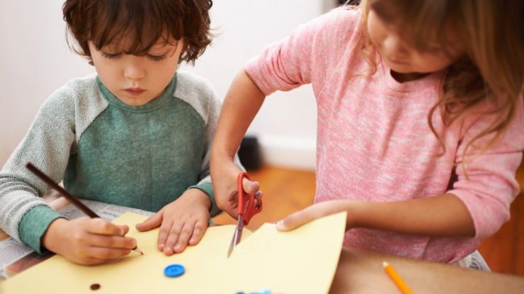 Super simple and VERY clever craft will get your child doing maths in no time