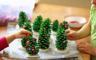 3 easy peasy Christmas crafts to entertain the kids with this weekend