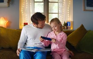 This new app is designed to allow adults to read stories to deaf children