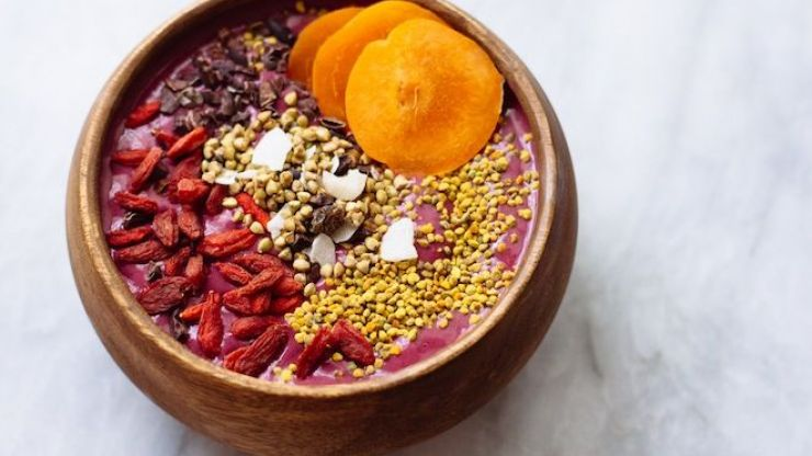 3 delicious smoothie bowls to keep your immune system good and strong
