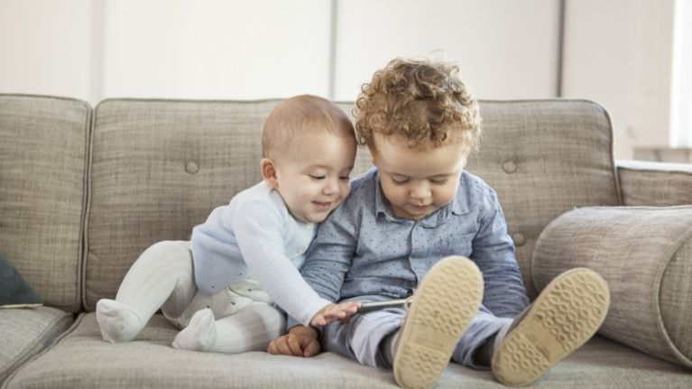 "WHO releases brand new guidelines stating ""no screen time at ALL"" for under-2s"