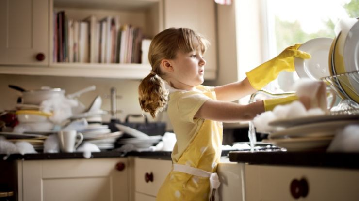 This post recommending chores by age is causing mixed reactions with parents