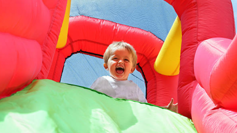Lidl is selling a bouncy castle for €35 and the kids will be delighted