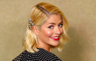 Fans are loving Holly Willoughby's dress this morning but NOT the expensive price tag