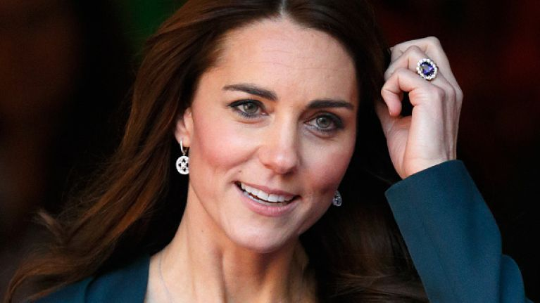 Did you see it? Kate Middleton wore the most beautiful cream dress last night