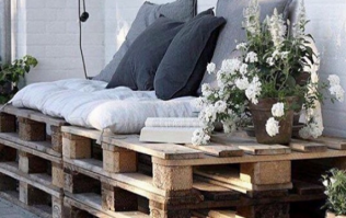 Weekend project: You can DIY this chic day bed for your garden using old shipping pallets