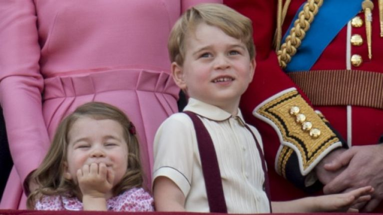 We are howling at this gas photo of George, Charlotte and Louis