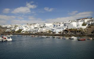 Update: A 15-year-old Irish boy has died after 15-foot fall in Lanzarote