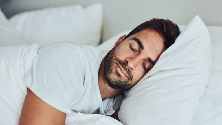 Men who go to bed earlier have better sperm says study (and off to bed he goes!)