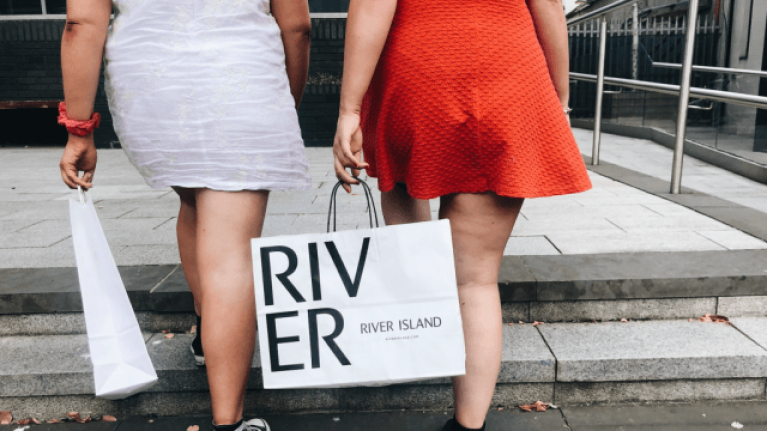 We have fallen in love with this gorgeous €107 River Island jacket