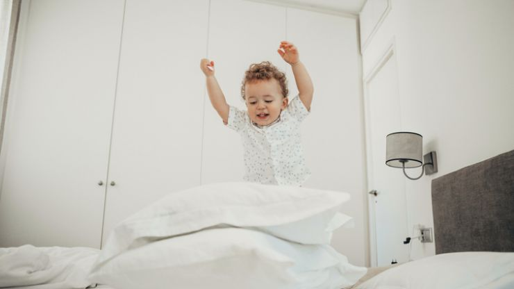 8 things anyone whose toddler wakes up SUPER early will know to be true