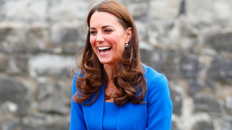 Kate Middleton shared the cutest moment with a little girl in Scotland yesterday