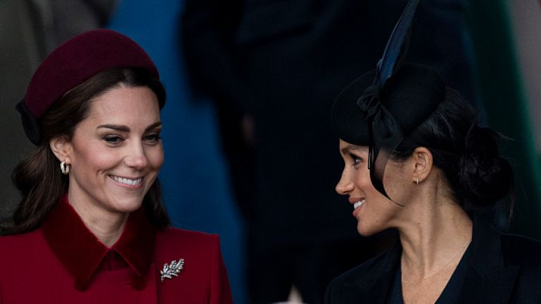 Here's the reason why Meghan Markle always has to stand behind Kate Middleton