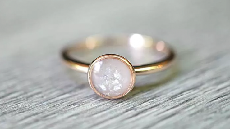 Jewellery made from breastmilk might sounds nuts – but look how pretty it is