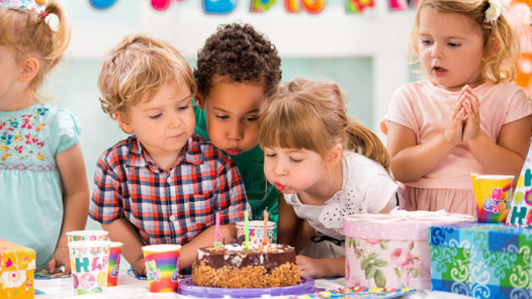 Kids and party invites: when do you know when to go (and when not to)?
