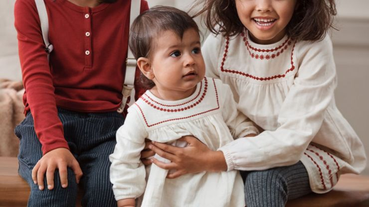 There is an exclusive new kids collection available online only at H&M right now