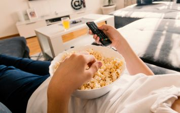 Teenagers more likely to suffer from back pain due to binge watching TV