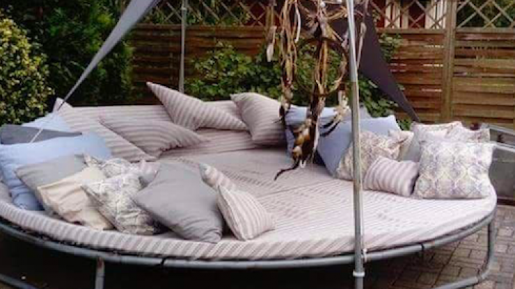 DIY: Here's how to transform your old trampoline into a super-cosy 'summer hideout'