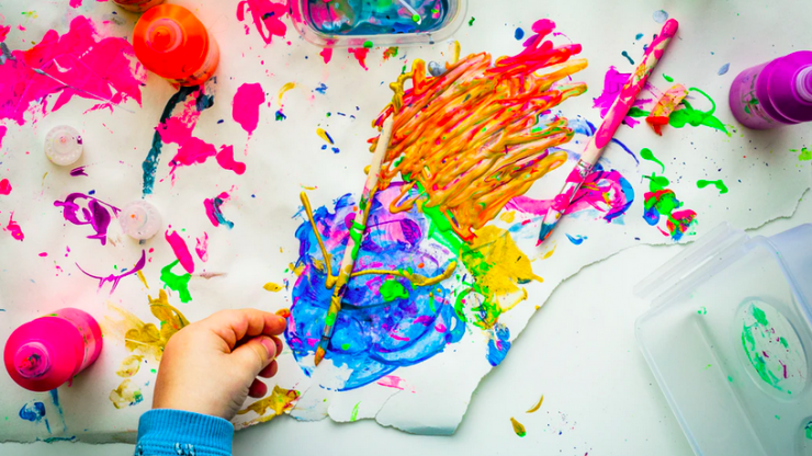 'Invisible painting' is the cool indoor activity that'll entertain your kids for a solid 30 minutes