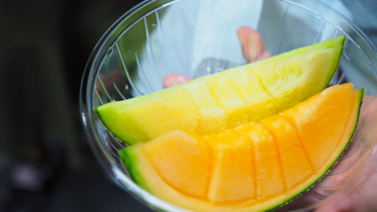 The skin-brightening DIY mango facemask that'll leave your skin glowing