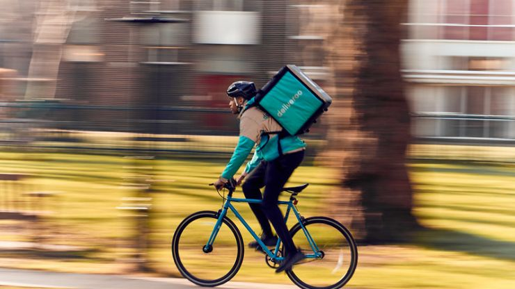 Deliveroo raises €30,000 for HSE frontline staff through orders