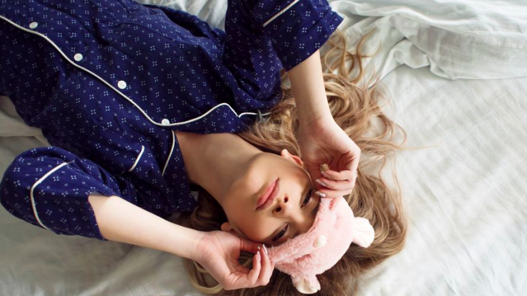 Hello heatwave: 3 things to try if you're struggling to sleep in the heat