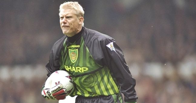 QUIZ: Name the goalkeepers with the most clean sheets in the Premier League era