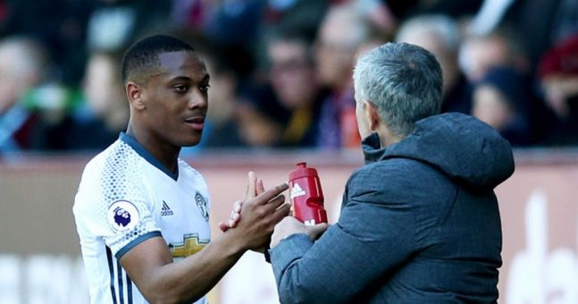 Forget what you might have heard about Anthony Martial 'snubbing' Man United's awards night