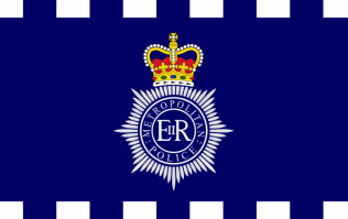 Met police warn of major incident on London Bridge - fear of casualties