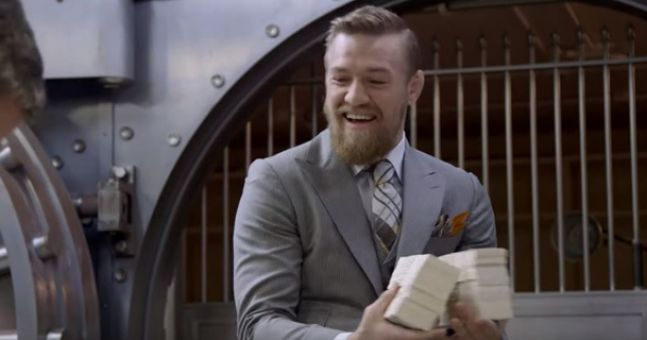 Former UFC star bets absolutely staggering amount on Conor McGregor vs Floyd Mayweather