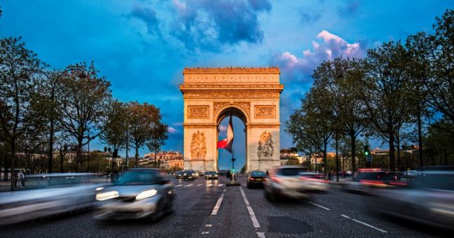 Champs Elysees cordoned off after car crashes into police van in Paris