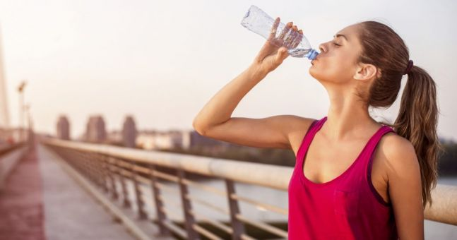 How to tell if you're drinking enough water in a heatwave