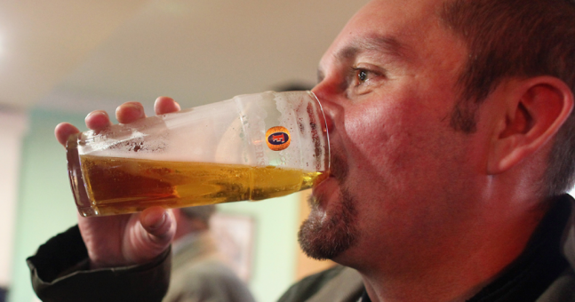 Having a pint can boost your creativity and help break a mental block, according to a study