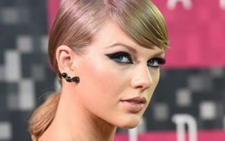 Taylor Swift attempts to silence a blogger, attorney defends blogger in greatest way imaginable