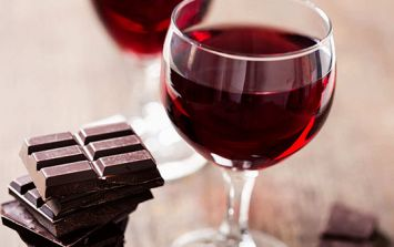 Red wine and chocolate rejuvenates cells, makes you look younger