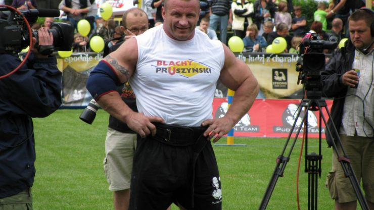 Former World's Strongest Man looking super-lean as a cage fighter