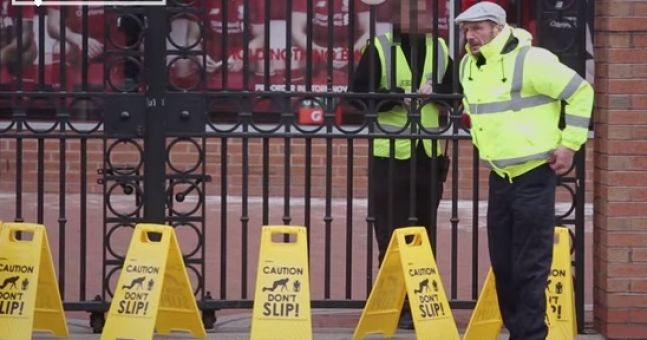 Video: Manchester United fans pull 'don't slip' prank on Liverpool one year on from Gerrard's howler