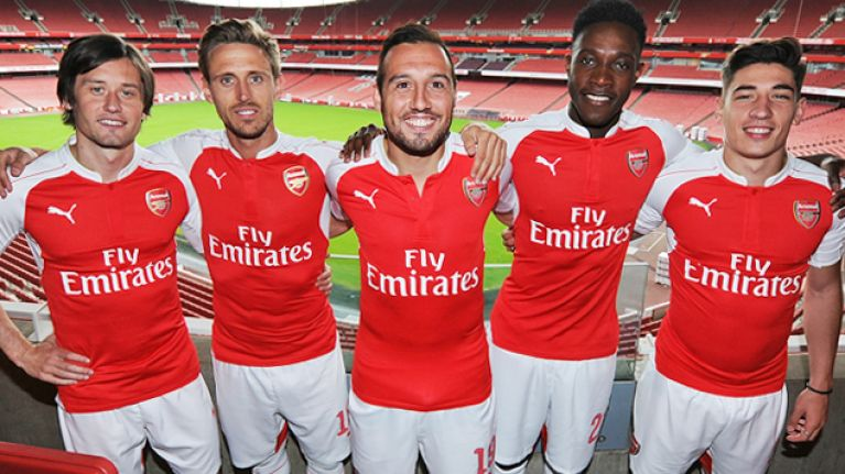 Video  Arsenal unveil new 2015 16 PUMA kit  8418c60d6