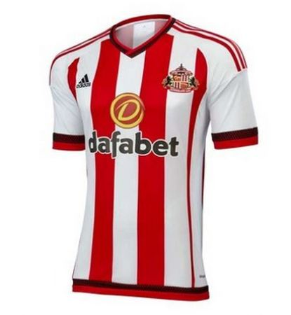 Sunderland Home: It's not exactly like the other two. It has black trimmings, see - 7/10