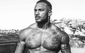 Former Royal Marine David McIntosh's 5-minute swimming pool abs workout (Video)