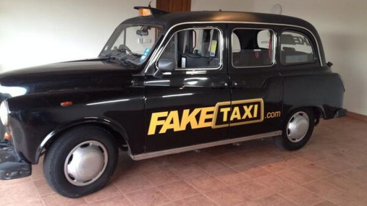 'Fake Taxi' porn film busted red-handed on shoot in Sutton