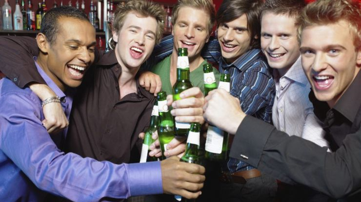 This is how much more drunk you get boozing on an empty stomach