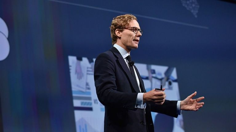 CEO of Cambridge Analytica suspended with immediate effect