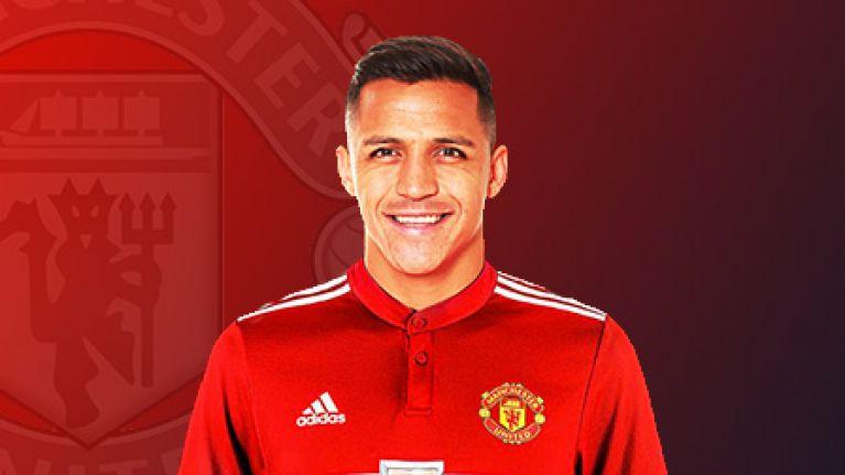 Alexis świeżo po transferze - fot. Manchester United