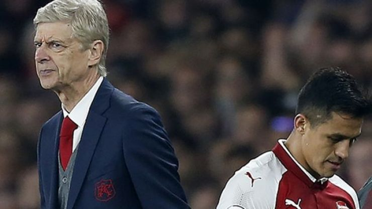 Wenger was spotted in London this weekend and he's being compared to a fashion model