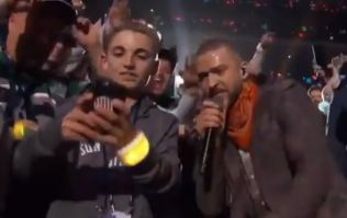 Awkward 'selfie kid' outperforms Justin Timberlake in Super Bowl half-time show
